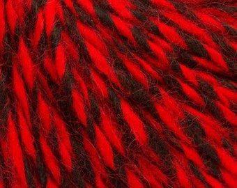 Peru Alpaca Worsted Yarn Black & Red #48760 Ice Merino Wool Alpaca Acrylic 50g 98y