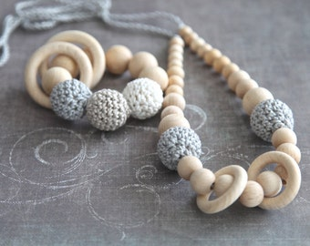 Set of 2. Natural nursing rings necklace and teething ring toy. For baby and mum