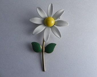 Daisy Flower Brooch, Flower Power Pin, Enamel Flower,Classic Daisy Flower, Stem and Leaves, 1960's Pin,
