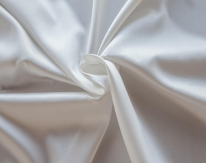 273002-Mikado-85% Polyester, 15 silk, 160 cm wide, made in Italy, dry cleaning, weight 160 gr, price 1 meter: 51.79 Euros