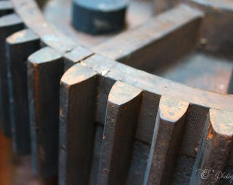 NewShopSale «Design industriel 01» macro photographie d'art - bois roue dentée mécanicien homme rouille cadeau papa maison anniversaire 8 x 10 14 x 14