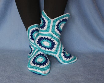 Crochet Slippers, Crochet Boots, Women Slippers, House Shoes, Handmade Shoes, Holiday gifts, Gift for Her, Knitted Slippers, Warm Slippers.