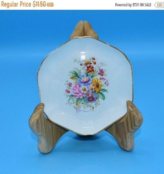 Delayed Shipping Coalport Fragrance Ashtray Vintage Floral Bouquet Bone China Made in England Artist Signed Smoking Tobacciana Collectible G