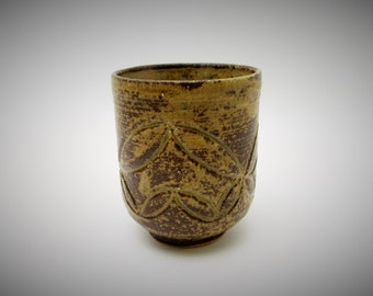 Yunomi Tea Cup.Japanisese Studio Pottery.by Tamami Baba.#ynm8.msjapan.