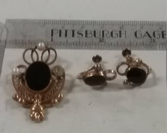 Used 12k gold filled pin and screwback earrings