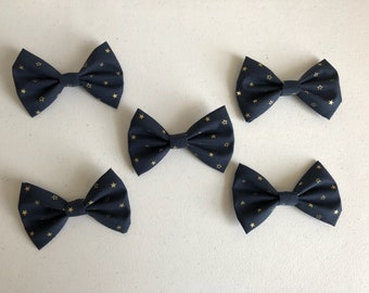 Gold stars hair bow
