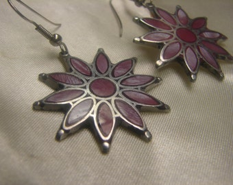 Pink Mother of Pearl Inlay in Nickel Flower Dangle Earrings 5.5 grms, hang 45mm fm hole, 30mm diameter 1416