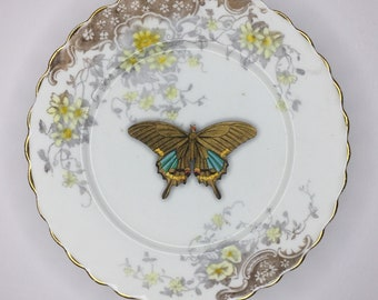 Yellow Brown Butterfly 3D Wall Plate Longton Kitsch Display Art Sculpture Pattern for Wall Collage Decor Birthday Wedding Gift