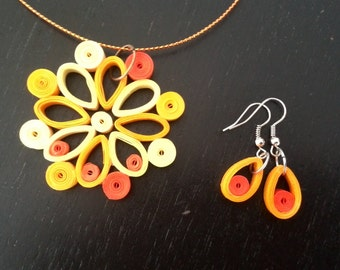 Set of necklace and earrings.