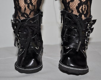 boots  that fits AMERICAN GIRL dOLLS