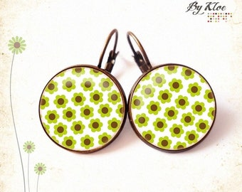 • Green • floral design Cabochon Stud Earrings