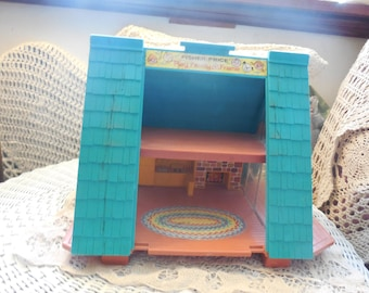 Fisher Price Little People A Frame House, Little People, Vintage Little People toys, Vintage Toys, Doll House,
