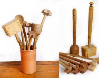 Holz Küche Und Esszimmer Antik Primitive Schläger Rustikal 7 Stück Sammlung  Von Vintage Kochen Werkzeuge,