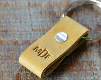 Monogrammed Wheat and Tan Leather Keychain - Short & Wide Style