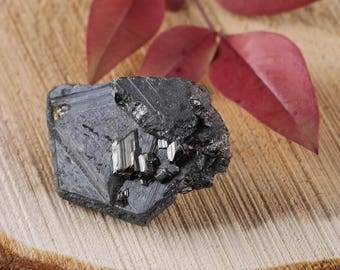 One Mini HEMATITE Crystal with RUTILE - Raw Hematite, Hematite Stone, Healing Stone, Healing Crystal, Rocks and Gems Rocks & Minerals E0472