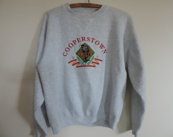 Vintage Sweatshirt Cooperstown New York National Baseball Hall of Fame Collectible Youth Sportswear Apparel size M Ladies S