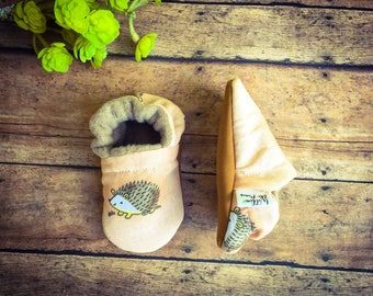 Hedgehog Baby & Toddler Moccasins - Hedgehog Soft Sole Crib Shoes - Hedgehog Stay On Booties - Peach Baby Moccs - Baby Shower Gift