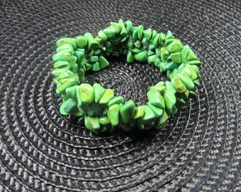 Green Turquoise Howlite Chip Beaded Stretch Bracelet