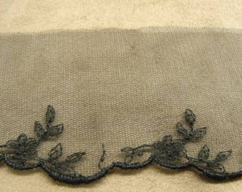 EMBROIDERY on tulle-6 cm / 2.5 cm - black