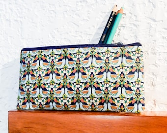 Bird Pencil Case/ Make Up Bag/ Bird Gift for Her/ Gift for Mom/ Best Friend Gift/ Wife Gift/ Bridesmaids Gifts/ Coworker Gift/ Teacher Gift