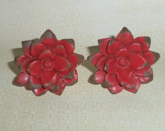 Country Chic Flower Red Distressed Resin Drawer Knob Pull Knobs Set of 2