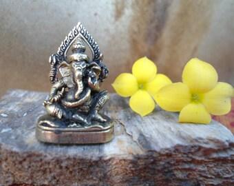 Tiny Ganesh Statue Meditation Altar Ganesha Statue Portable Altar Deity Statue  Pocket Shrine Hindu God Wisdom Wealth Success Gift Under 10