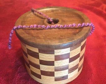 Yarn Bowl Segmented 98 Pieces Walnut Oak Knit Crochet
