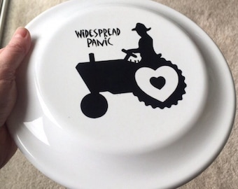 Love Tractor Frisbee!! Widespread Panic!