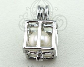"Pick A Pearl Cage Silver Plated Square Box Present with 18"" Chain Necklace Wire"