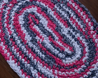 "38""x 26"" Coral, Navy and White, Hand Crochet Oval Rag Rug, Girl's Bedroom Accent Rug, Nautical Theme Rug, Hand Braided Rug, Baby Nursery Rug"