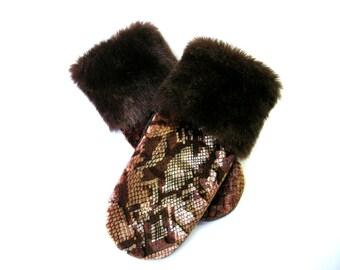 Sweater mittens, sweater mitten, recycled sweater, recycled mittens, wool mittens, wool mitten, wool mitts, fabric mitten, handmade, mitten