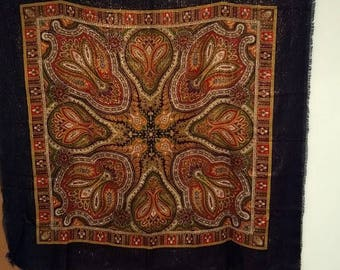 Vintage Large Wrap/Scarf with a paisley pattern