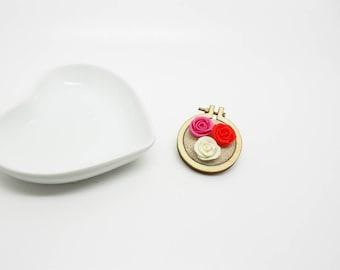 bronze brooch mini 3 roses embroidery hoop