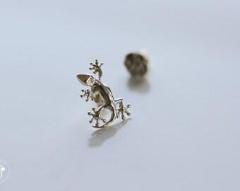 Small Gecko stud earrings