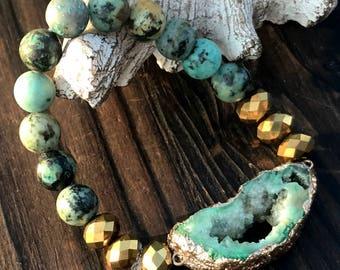 Turquoise Bracelet, Druzy Bracelet, Green Bracelet, Beaded Bracelet, Druzy Jewelry, Stretch Bracelet, Stackable Bracelet, Gold bracelet