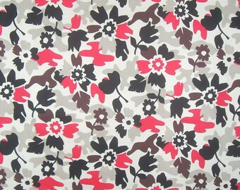 REMNANT--Beige Black and Red Floral Camouflage Print Stretch Cotton Twill Fabric--1 & 7/8 Yard