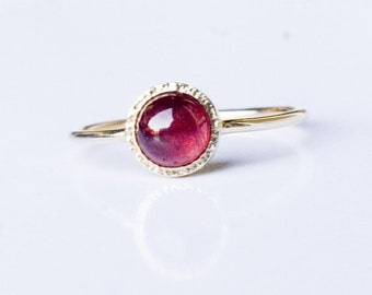 Gold Ruby Ring , Gemstone Engagement Ring, Solid 14k gold ring, Genuine Ruby Ring, July Birthstone, natural ruby ring