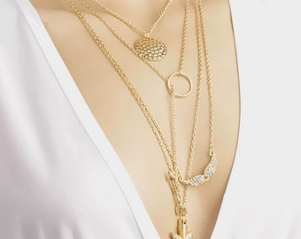 multi collar-bone necklace in geometric shape with gold plating color