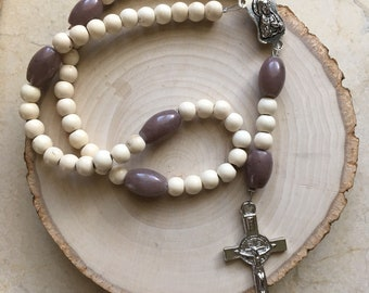White and Purple Easter Rosary. Prayer Beads. Catholic. Gift.