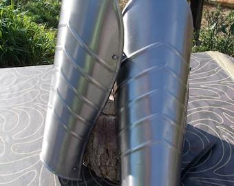Pair of metal steel greaves for LARP COSPLAY ATREZZO medieval fantasy renaissance