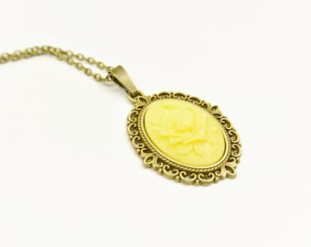 Necklace Flower yellow