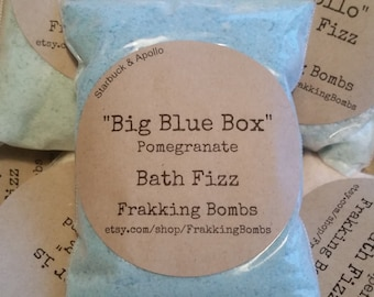 Big Blue Box (Pomegranate Bath Fizz)