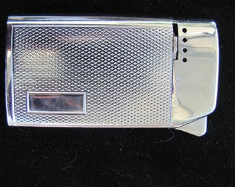 Vintage Bently Silver Tone Lighter