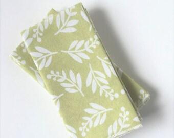 Green Leaf Napkin Overlocked Edge - Set of 4