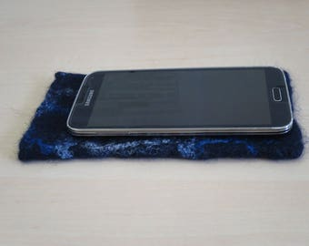 Felt phone case, Smartphone case, Felted case cover for samsung galaxy, Wool felt cover