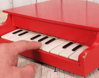 Wooden piano - Small piano - Vintage piano -  Kids piano - Piano toy - Red small piano - Retro piano - Musical toy - Old instrument piano