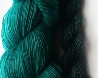 Hand dyed yarn, Majestic, 75/25 super wash merino/nylon yarn. sock yarn set, teal green yarn, mini skein, sock knitting, knitting, crochet