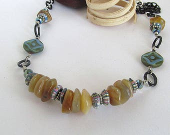 Southwestern Golden Agate Bead Necklace, Bohemian, Vintage Agate Beads, Primitive Jewelry, Rustic Necklace, Moonlilydesigns, Natural Agate
