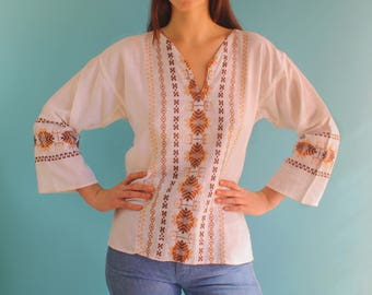 Vintage 1970s folk embroidered linen tunic