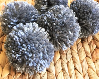 Grey Yarn Pom Poms, Extra Large, Set of 5